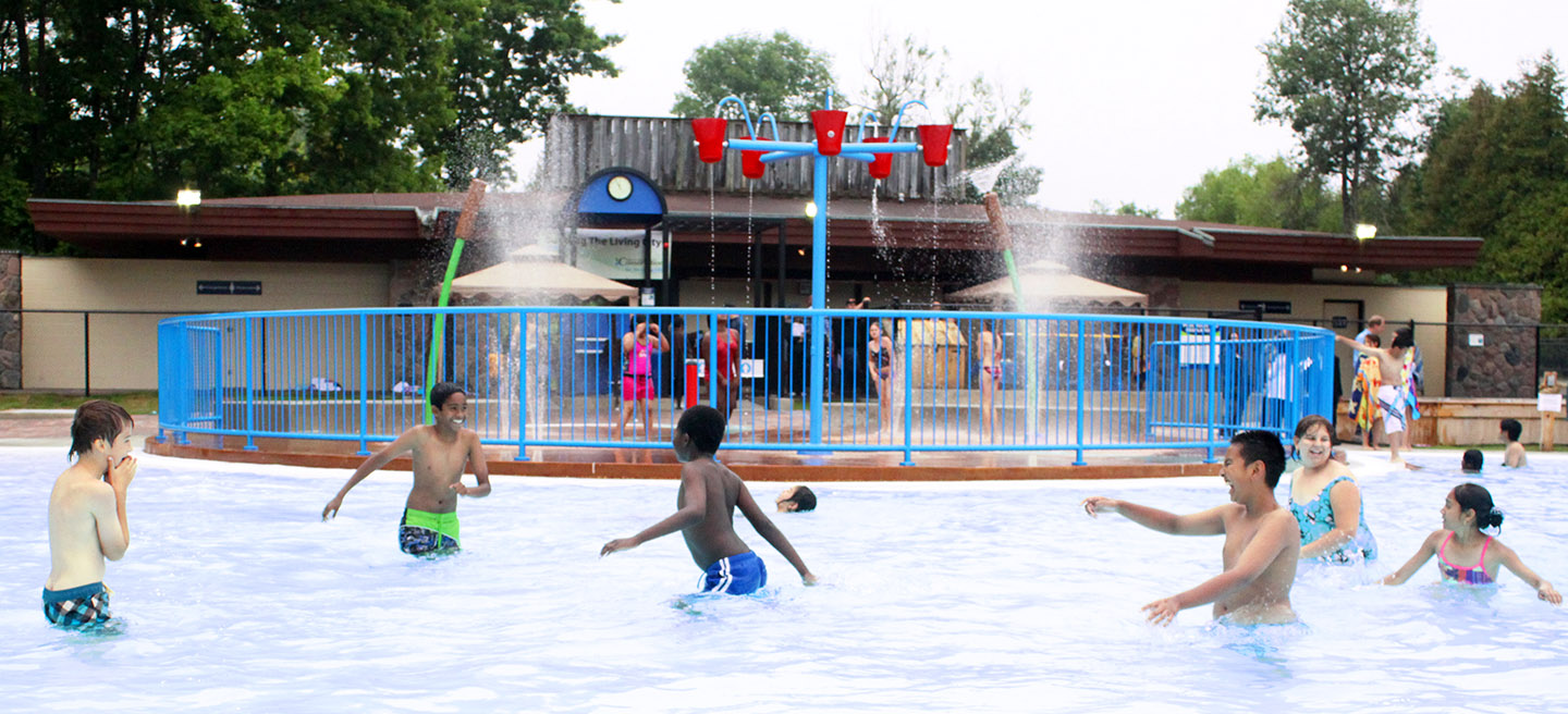 children play in pool at albion hills lakeview splash