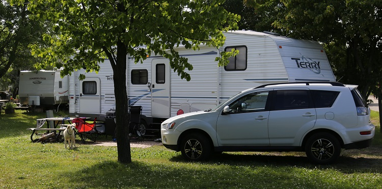 camping at indian line campground