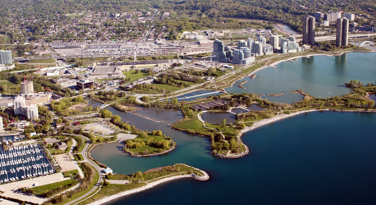An aerial view of Humber Bay Park