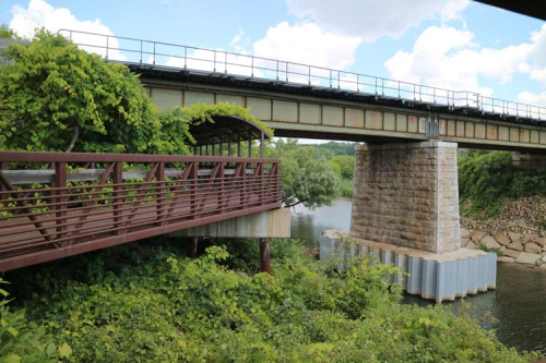 Go train tracks over Highland Creek