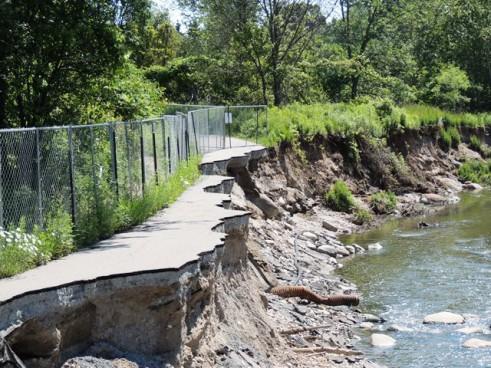 Erosion along the Highland Creek