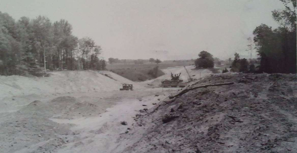 archival photograph of the construction of Eglinton Avenue East through the Don Valley