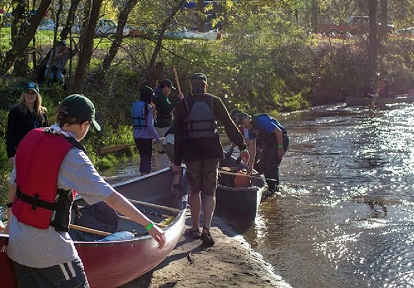 Paddlers at Don River event