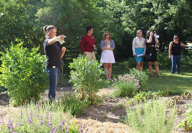 residents tour greenspace during Rouge Days event