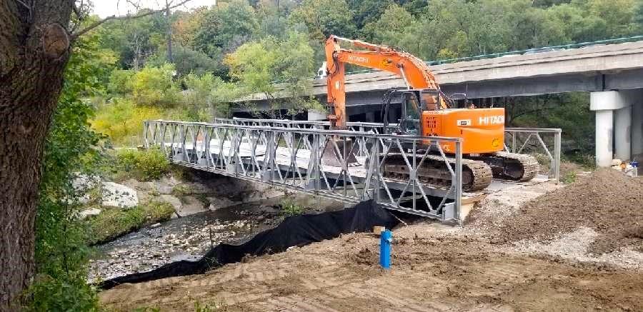 installation of temporary bridge